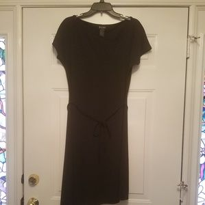 BCBG Paris Large Black Dress belt short sleeve
